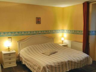 Romantic 1 bedroom Bed and Breakfast in Orges with Washing Machine - Orges vacation rentals