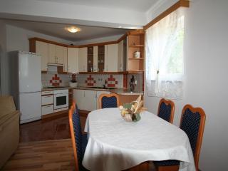 JASAREVIC(2568-6525) - Silo vacation rentals