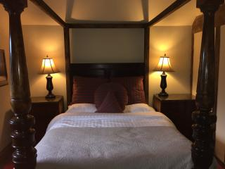 Manners 4 poster 2 bedroom at Harthill Hall - Alport vacation rentals