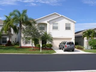 Exclusive Two Storey, 4 bedroom Pool Home - Fort Myers vacation rentals