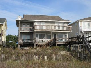 5 bedroom Cottage with Internet Access in Ocean Isle Beach - Ocean Isle Beach vacation rentals