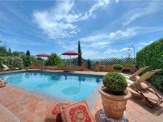 5 bedroom Villa in Fabbrica Di Peccioli, Pisa, Tuscany, Italy : ref 2373219 - Fabbrica di Peccioli vacation rentals