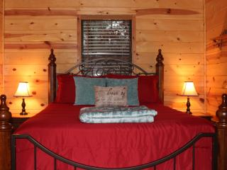 The Owls Lair- Hochatown, Near Broken Bow Lake - Broken Bow vacation rentals