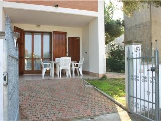 15644-Holiday house Adriatic C - Lido di Volano vacation rentals