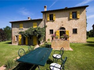 4 bedroom Apartment in Brisighella, Emilia Romagna, Italy : ref 2301853 - Brisighella vacation rentals