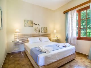 Cozy 2 bedroom Kalyves Condo with Internet Access - Kalyves vacation rentals