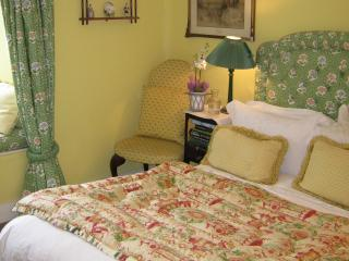 Charming 1 bedroom Tawstock Bed and Breakfast with Internet Access - Tawstock vacation rentals