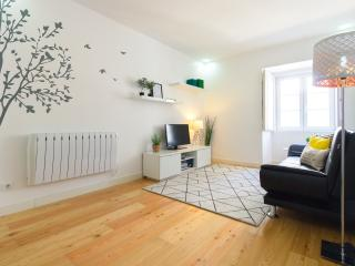 Lisbon Gloria Apartment - Downtown - Lisbon vacation rentals