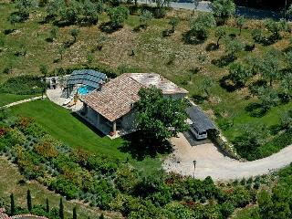 2 bedroom Villa with Internet Access in Pantalla - Pantalla vacation rentals