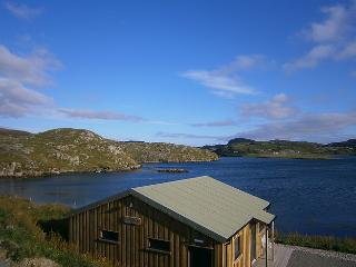 Comfortable Cabin with Parking and Patio - Aird Uig vacation rentals