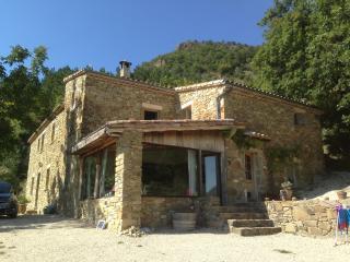 Maison de Charme Les Pommiers 115m2 - Teyssieres vacation rentals