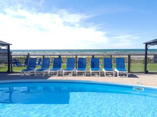 U1B-Bayfront Beach Resort-Waterfront-Heated Pool - Wasaga Beach vacation rentals