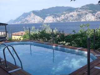Romantic 1 bedroom Apartment in Malcesine with Internet Access - Malcesine vacation rentals