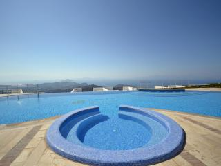 Nice Condo with A/C and Shared Outdoor Pool - Yalikavak vacation rentals