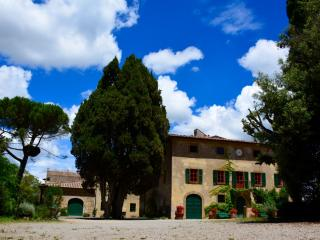 Villa Pozzolo, ideal for a creative minds & peace - Montaione vacation rentals