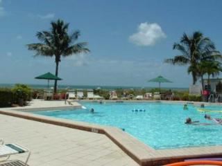 *Beach Front Condo* on Sanibel Island, Florida - Sanibel Island vacation rentals