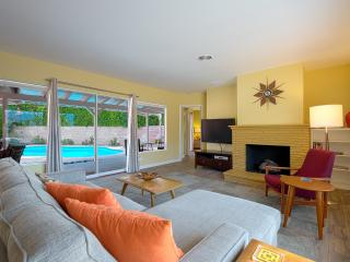 The Coral Cottage in Movie Colony East - Palm Springs vacation rentals