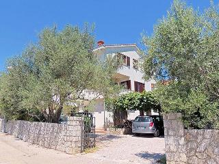 02101 Large comfortable apartment - Krk vacation rentals