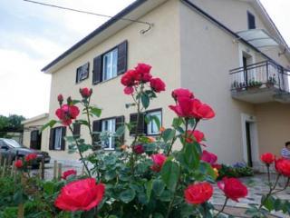 01101 - Linardici vacation rentals
