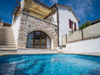 09401 Luxury rustic house with pool - Krk vacation rentals
