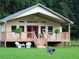 Relaxing Creek Front On 20 Beautiful Acres - Sevierville vacation rentals