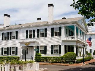 GRAND WHALING CAPTAIN'S HOUSE - Edgartown vacation rentals