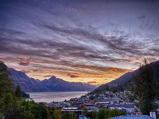 Lakeview 1 Apartment - Queenstown vacation rentals