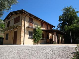 Comfortable 3 bedroom House in Strettoia - Strettoia vacation rentals