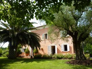 Beautiful Villa with Television and Balcony - Corridonia vacation rentals