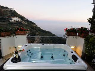 La Quiete with sea view and outdoor jacuzzy - Fiordo di Furore vacation rentals