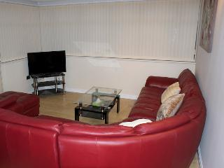 A superb self contained, one bedroom apartment - Morley vacation rentals