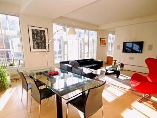 Amazing 1 Bedroom In Soho London - London vacation rentals