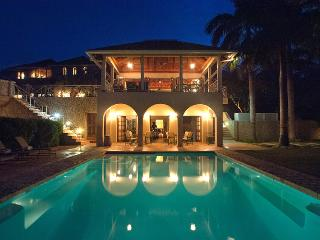 Golf Getaways & Family Trips, Salt Water Pool, Chef & Butler, 2 Golf Carts - Ironshore vacation rentals