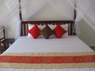 Hotel Corona Hikkaduwa - Hikkaduwa vacation rentals
