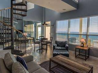 Living Room - 3 BDR.Penthouse  HURRY DATES GOING FAST!!! - Fort Walton Beach - rentals