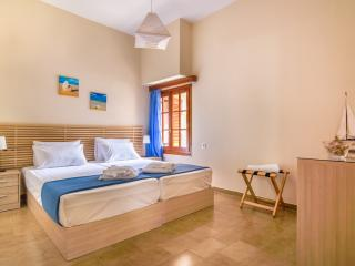 Romantic 1 bedroom Kalyves Apartment with Internet Access - Kalyves vacation rentals