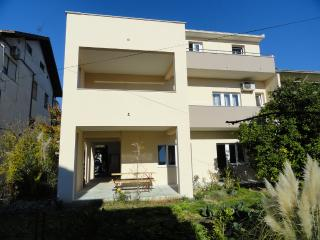 Big apartment, 300 meters from old town - Trogir vacation rentals