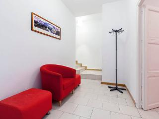 Apt. 3 Bedrooms/terrace- La Latina - Madrid vacation rentals
