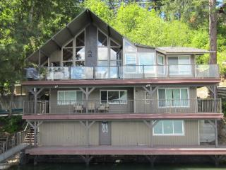 On the Lake! Hayden Family Cabin Retreat - Hayden Lake vacation rentals
