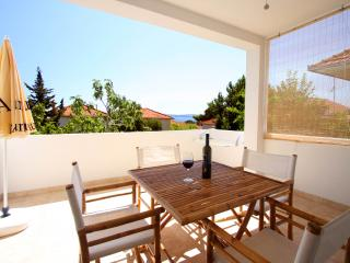 Comfortable flat with garden view - Orebic vacation rentals