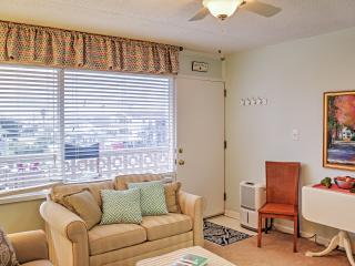 New Listing! Delightful 1BR North Myrtle Beach Condo w/Wifi, Recently Renovated Interior & Complex Pool - Steps from Cherry Grove Beach! Easy Access to Golfing, Shopping & Dining! - North Myrtle Beach vacation rentals