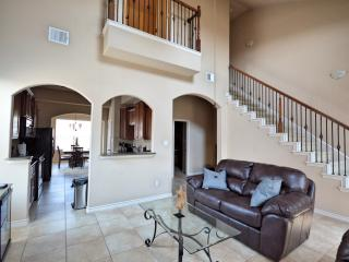 Nice Townhouse with Internet Access and A/C - The Colony vacation rentals