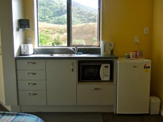 Two Private Double Rooms - Kauri Lane Huntly - Huntly vacation rentals