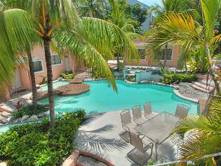 Modern 2B Condo on Paradise Island - Paradise Island vacation rentals