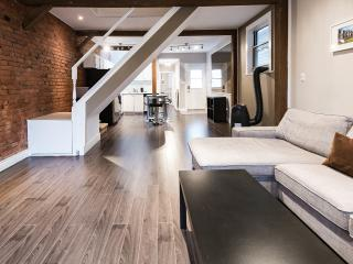 Trendy 1 Bedroom LOFT in Best Neighbourhood! - Toronto vacation rentals