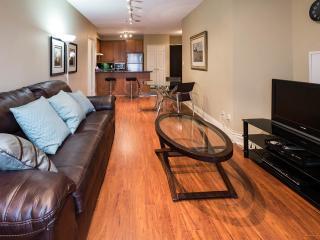 Executive Condo on Bloor - Toronto vacation rentals