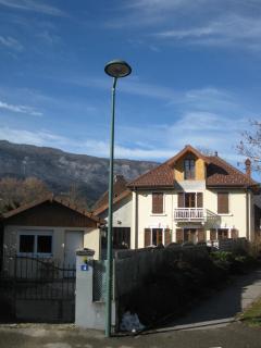 Charmante petite maison de type studio - Saint-Jorioz vacation rentals