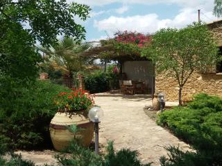 Casa di campagna - Country house - Caltagirone vacation rentals