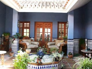 Lovely Finca with Internet Access and A/C - Alhaurin el Grande vacation rentals