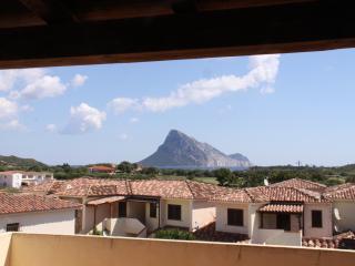 Romantic 1 bedroom Vaccileddi Apartment with Television - Vaccileddi vacation rentals